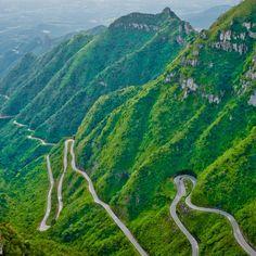 As 12 estradas mais incríveis do mundo