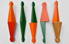 Mel O'Callaghan: Sticks, 2012, small wooden objects with paint.  © The artist & Galeria Belo-Galsterer
