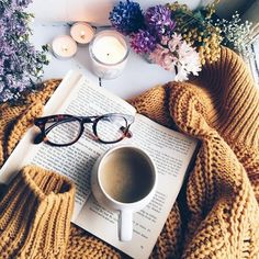 (notitle) - A : Hygge Autumn Aesthetic, Book Aesthetic, Photos Amoureux, Flat Lay Inspiration, Study Inspiration, Flat Lay Photos, Coffee Photography, Photography Photos, Flatlay Styling