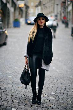cashmere coat in black