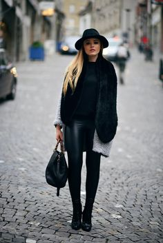 cashmere coat in black