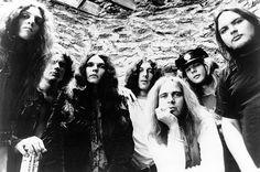 Lynyrd Skynyrd Band ~ Robert Burns Jr., Former Lynyrd Skynyrd Drummer, Dies at 64 ...