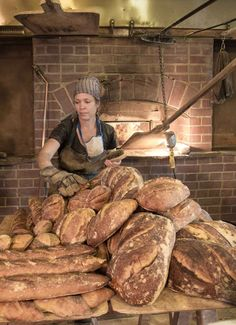 Brickmaiden Breads by Celine Underwood — Kickstarter Wood Oven, Wood Fired Oven, Artisan Food, Artisan Bread, Bread Oven, Bread Baking, Bakery Shop Interior, Scone Mix, Gastronomia