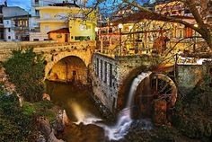 Krya Springs in the heart of Livadeia town, central Greece - Pixdaus Cable Stayed Bridge, World Photography, Athens Greece, Greece Travel, In The Heart, Cool Photos, Amazing Photos, Beautiful Places, Amazing Places