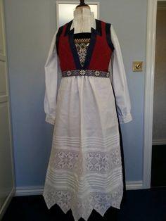 Made by Inger Johanne Wilde Norway, Maya, Dresses With Sleeves, Long Sleeve, Fashion, Moda, Sleeve Dresses, Long Dress Patterns, Fashion Styles