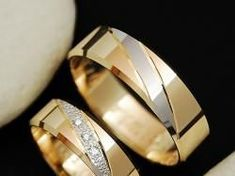 Jewellery Shops In Chennai it is Couple Wedding Rings Price List . Jewellery Online Tanishq also Matching Couple Rings Pandora Couple Rings Gold, Engagement Rings Couple, Gold Rings, Wedding Engagement, Wedding Ring Designs, Wedding Rings, Wedding Gold, Wedding Jewelry, Couple Ring Design