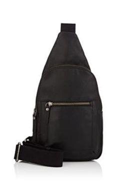 Die Welt auf den Schultern tragen: Alles was man(n) braucht, trägt er jetzt bequem quer über die Schulter – Sling Bag-Style!  (Suchanfragen für Sling Bags +1184 %)
