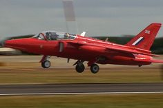 Folland GNAT T1 Folland Gnat, Fixed Wing Aircraft, Raf Red Arrows, The Spitfires, Royal Air Force, Military Aircraft, Wwii, Fighter Jets, Aviation
