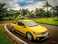 Saveiro G5 Cross Amarela rebaixada aro 20 - Car Body Drop - Desde 2011 No Ar
