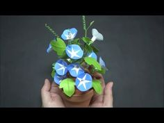 Morning glory with origami Modular Origami, Origami Folding, Origami Easy, Giant Flowers, Paper Flowers Diy, Origami Instructions, Origami Tutorial, Origami Paper Art, Diy Paper