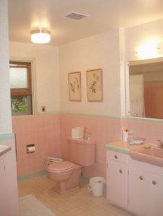 Susan's a nostalgia freak, and loves Vintage, and Retro. - Susan's a nostalgia freak, and loves Vintage, and Retro. She's mad for flocked wallpa - Retro Bathrooms, Vintage Bathrooms, Bathroom Red, Bathroom Styling, Shabby Chic Bathroom, Pink Bathroom Tiles, Pink Bathroom, Bathroom Design, Bathroom Decor