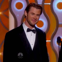 And the presence of Thor aka Chris Hemsworth: | The 27 Best Moments From The Golden Globe Awards
