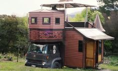 This transforming castle house truck was designed and built by a young family who live off grid in it. They live in New Zealand and travel often. But once they find a parking space, their house tru...