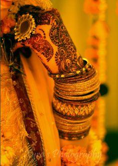 henna mehndi dulhan indian pakistani bollywood bride  desi wedding XYRA PHOTOGRAPHY http://www.facebook.com/Xyra.Photography