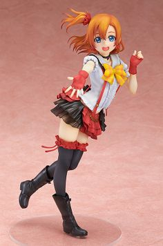 From the popular anime series 'Love Live!' comes a 1/8th scale of the idol group μ's leader, Honoka Kousaka!