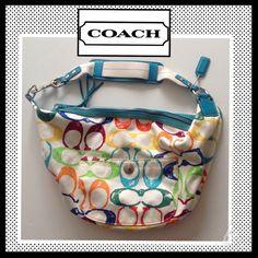 "COACH Hampton Scribble Signature ""C"" Handbag COACH Hampton Scribble Signature ""C"" Handbag. Canvas and leather. Excellent condition! LIKE NEW! Coach Bags Hobos"
