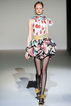 Moschino Spring 2010 Ready-to-Wear Fashion Show - Frida Gustavsson