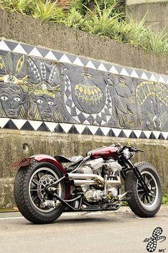 AFS Rhombus http://goodhal.blogspot.com/2013/03/afs-rhombus.html #AFSCustomBikes #Bobber #HarleyDavidson #Rhombus