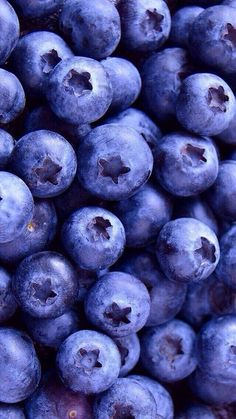 wallpaper, berries, and blueberry image - Food. Food Wallpaper, Wallpaper For Your Phone, Screen Wallpaper, Wallpaper Ideas, Amazing Wallpaper, Phone Backgrounds, Wallpaper Backgrounds, Iphone Wallpaper, Fruit Photography
