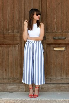 Swans Style is the top online fashion store for women. Shop sexy club dresses, jeans, shoes, bodysuits, skirts and more. Modest Casual Outfits, Curvy Outfits, Classy Outfits, Cool Outfits, Summer Outfits, Fashion Mode, Moda Fashion, Fashion Outfits, Look Cool