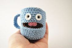 ** This is a pattern and not the finished item** Skill level: intermediate  Crochet your very own happy little coffee mug ! This pattern requires