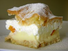 Ohladiti i poslužiti! Czech Desserts, Croatian Cuisine, Kolaci I Torte, Croatian Recipes, Parfait, Cheesecake, Deserts, Food And Drink, Dessert Recipes