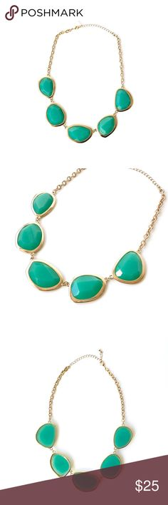 """M o d c l o t h • Green Cabochon Necklace A lovely shade of green, these large cabochons are perfectly faceted and reflect light  beautifully! Perfect companion to your holiday dress!  length 17"""" plus 3"""" extender in beautiful condition  [reasonable/respectful offers welcome] Modcloth Jewelry Necklaces"""