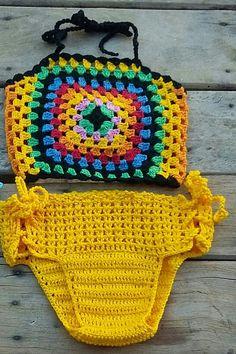 Biquíni colorido de crochê infantil  De 0 a 3 anos