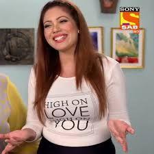 South Indian Actress Hot, Indian Tv Actress, Indian Actresses, Ashley Graham Outfits, Funny Adult Memes, Parineeti Chopra, Plunge Bra, Hot Actresses, Dimples
