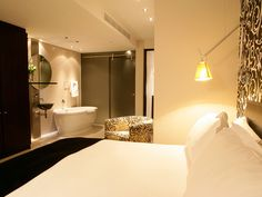 Protea Hotel Colosseum, Cape Town, South Africa by safari-partners, via Flickr