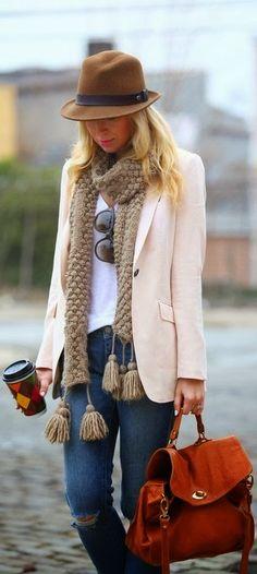 CACHECOL PARA INSPIRAÇÃO  Fall Outfit With Blazer and Hat