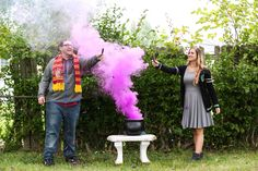 I'm not in to gender reveals but this looks like fun! Halloween Gender Reveal, Baby Gender Reveal Party, Gender Party, Nerdy Gender Reveal, Fall Gender Reveal, Harry Potter Nursery, Harry Potter Baby Shower, Pregnancy Announcement Harry Potter, Gender Announcements