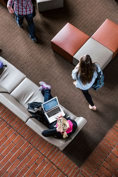 From its architecture to its furniture, the design of an education space impacts its students and educators. With the right design, higher education spaces help facilitate collaborative, individual, in-person, and remote work and learning. Explore how Herman Miller can help you redesign your education space to better serve and protect students and educators.