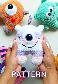 Crochet Animal Patterns, Crochet Patterns Amigurumi, Stuffed Animal Patterns, Amigurumi Doll, Crochet Stitches, Easy Crochet Animals, Crochet Stuffed Animals, Halloween Crochet Patterns, Crochet Animal Hats