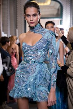 Fashion dresses 497647827574994270 - Zuhair Murad at Couture Spring 2019 – Backstage Runway Photos Source by arcyelle Fashion Week, High Fashion, Fashion Show, Womens Fashion, Fashion Design, Fashion Fashion, Couture Dresses, Fashion Dresses, Runway Fashion Outfits