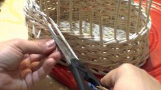 How to weave a baby carriage. Part 1.2. Body.