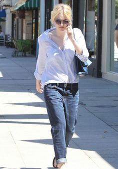 image1 e1378212334782 Dakota Fanning in Current/Elliott Boyfriend Jeans