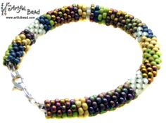 Jewelry Making Classes, Beaded Necklace, Beaded Bracelets, Crochet Bracelet, Division, Calendar, Mary, Beaded Collar, Pearl Necklace