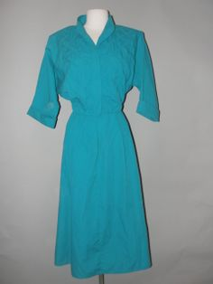 Amazing Greens, Vintage Clothing Stores, Cute Dresses, Vintage Outfits, Shirt Dress, Shirts, Clothes, Fashion, Pretty Dresses
