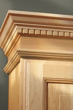 Regency Crown Moulding combines soaring heights with architectural details, making an awe-inspiring focal point in rooms where drama is quite expected. Woodworking Furniture, Wood Furniture, Woodworking Plans, Woodworking Projects, Furniture Design, Wooden Door Design, Wooden Doors, Trim Carpentry, Moldings And Trim