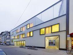Fichte-Gymnasium Escuela Secundaria / netzwerkarchitekten