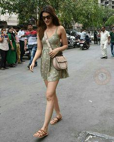 Indian Bollywood Actress, Bollywood Actress Hot Photos, Bollywood Girls, Beautiful Bollywood Actress, Bollywood Stars, Bollywood Celebrities, Beautiful Indian Actress, Bollywood Fashion, Indian Actresses