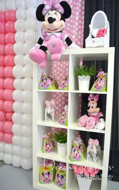 Cute decorations at a Minnie Mouse Birthday Party! See more party ideas at CatchMyParty.com! #partyideas #minniemouse