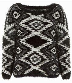 #black & #white #fluffy #jumper #aztec #print #boho #style #TALLYWEiJL http://www.tally-weijl.net/p/cardigans-pullover/schwarz-weisser-fluffiger-pullover/punybetnie-blkbge004?categoryId=26079