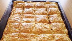 puha-sajtos-finomsag-konnyeden-ha-nincs-kedved-pogacsat-szaggatni-de-valami-sos-finomsagra-vagysz Greek Desserts, Greek Recipes, Food Network Recipes, Cooking Recipes, The Kitchen Food Network, Savory Snacks, Hot Dog Buns, Banana Bread, Bakery