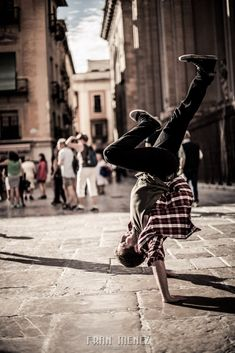 Break Dance. Photographer of Break Dance in Granada. Photographs of Break Dance…