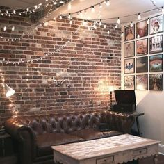 How to construct perfect DIY brick walls? - No matter you are looking to build a small patio DIY brick wall or an outside boundary wall for your house there are some basics that you must know be. Brick Wall Living Room, Rooms Home Decor, White Brick Walls, Brick Decor, Home Decor, Brick Wall Bedroom, Rustic Living Room, Living Decor, Brick Interior