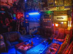A very cuberpunked out interior. The cyberpunk inspiration is clear.