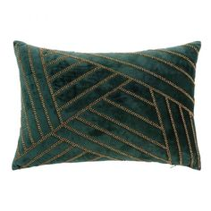 green home accessories Green Cushion with Gold Beads Amandine Emerald Green Bedrooms, Emerald Bedroom, Emerald Green Decor, Green Home Decor, Green Rooms, Red Couch Living Room, Living Room Accents, Green Master Bedroom, Gold Bedroom Decor
