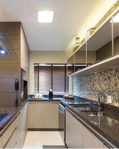 Agora destacando a cozinha deste lindo projeto. Amei! @pontodecor Via @maisdecor_ Foto by @dennysphoto www.homeidea.com.br Face: /homeidea Pinterest: Home Idea #bloghomeidea #olioliteam #arquitetura #ambiente #archdecor #archdesign #projeto #homestyle #home #homedecor #pontodecor #homedesign #photooftheday #love #interiordesign #interiores #cute #picoftheday #decoration #revestimento #decoracao #architecture #archdaily #inspiration #project #regram #home #casa #grupodecordigital